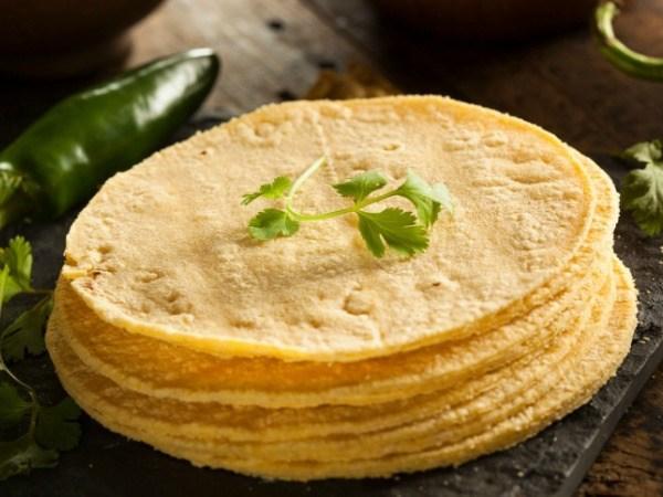 Slow Cooker Chicken Tacos with Salsa Verde